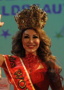 GRAND-PRIX   Mrs. World Platinum Панова Мира